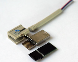 Chiavetta USB contrafatta